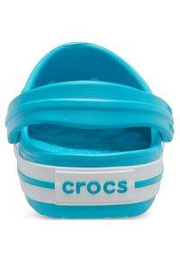 Crocs - Kapcie - hellblau - 2