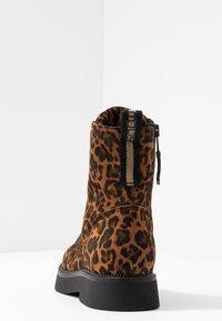 MJUS - Kotníkové boty na platformě - sella - 5