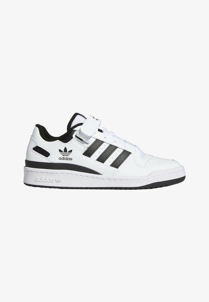 adidas Originals - FORUM LOW UNISEX - Sneakersy niskie - white/core black