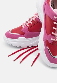Versace Jeans Couture - Trainers - red/pink - 4