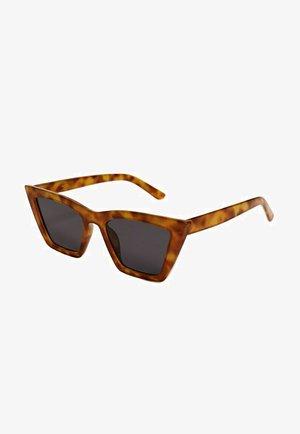 CAT-EYE  - Okulary przeciwsłoneczne - chocoladebruin