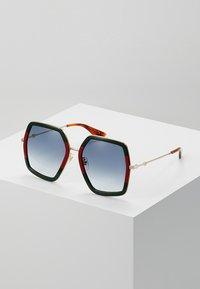 Gucci - Sluneční brýle - green/red - 0