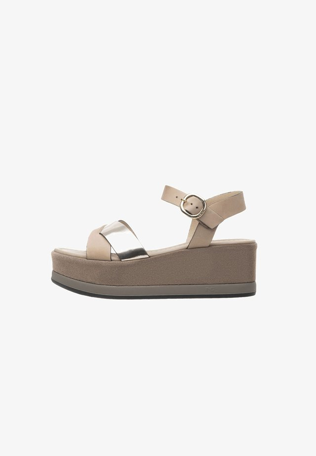 Platform sandals - champagne