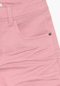 Name it - NKFROSE MOM - Short en jean - pink nectar