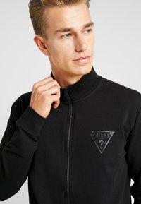 Guess - WIL TRACK SLIM FIT  - Zip-up hoodie - jet black - 3
