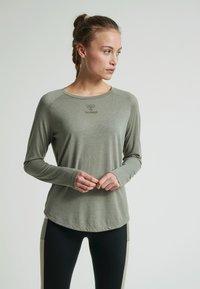 Hummel - VANJA  - Long sleeved top - vetiver - 0