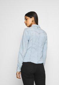 G-Star - SLIM SHIRT - Skjorte - light-blue denim - 2
