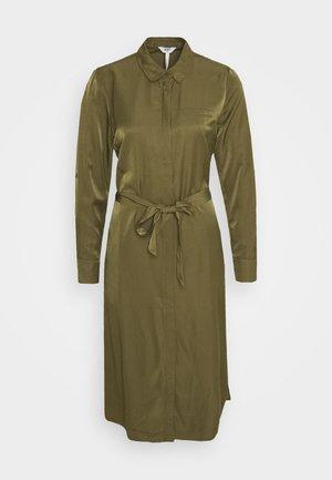 OBJEILEEN DRESS - Blusenkleid - burnt olive