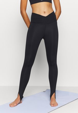 YOGA CORE CUTOUT 7/8 - Leggings - black/dark smoke grey