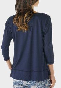 mey - HOMEWEAR SHIRT SERIE NIGHT2DAY - Pyjama top - night blue - 0
