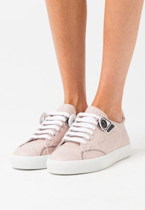 GYMNIC - Trainers - pink
