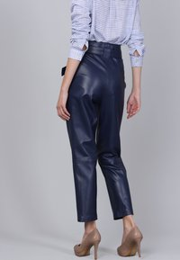 Basics and More - Leather trousers - dark blue - 3