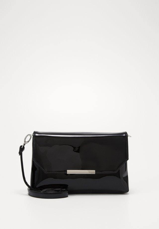 KENZA - Pochette - patent black