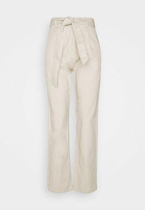 TIE WAIST TWILL PANTS - Trousers - beige