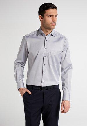COMFORT FIT - Shirt - grey