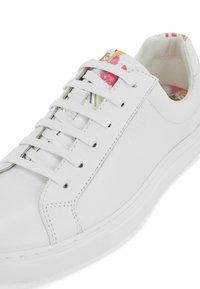 BOSS - KATIE LOW CUT - Sneakers basse - open white - 6