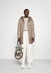 MICHAEL Michael Kors - BAG TOTE - Tote bag - brown - 0