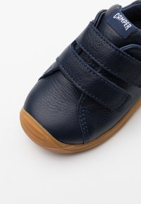 Camper - DADDA  - Baby shoes - navy - 5