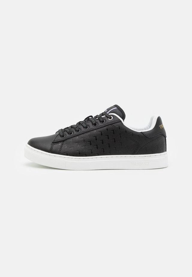 SNK DANUS OVER - Sneakers laag - black