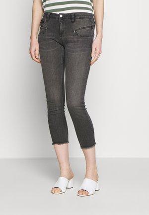 ALEXA HIGH WAIST  - Jeans slim fit - fanathan