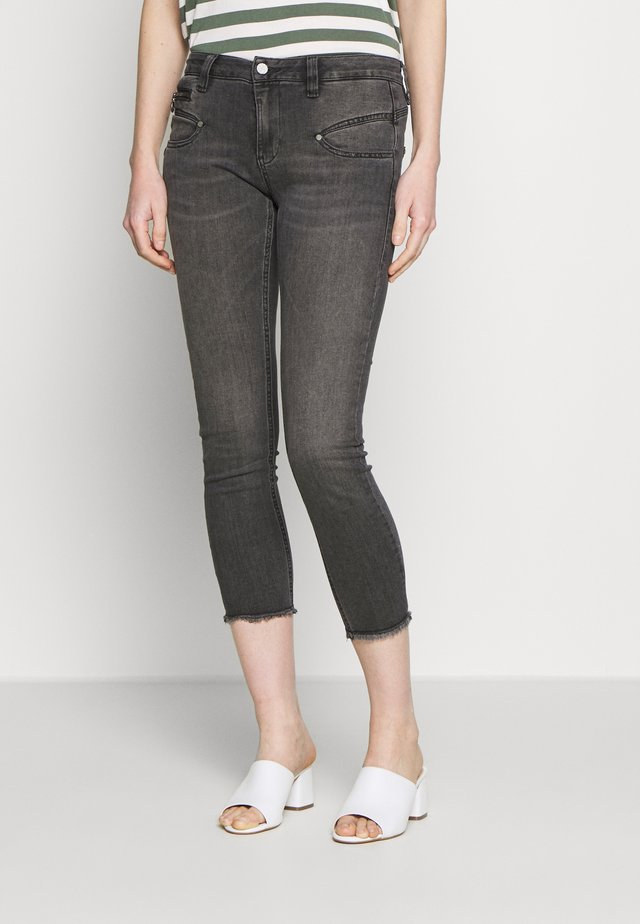 ALEXA HIGH WAIST  - Jeansy Slim Fit - fanathan
