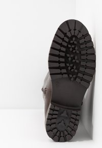 Simply Be - WIDE FIT GWEN KNEE HIGH - Kovbojské/motorkářské boty - brown - 6