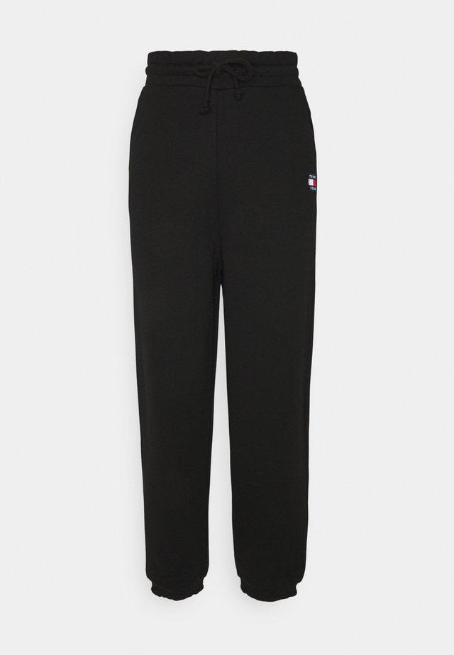 RELAXED BADGE PANT - Pantaloni sportivi - black