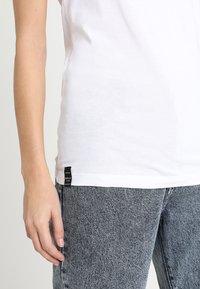 Replay - 2 PACK - Basic T-shirt - white/black - 6