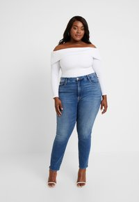 Good American - FOLD OVER OFF SHOULDER - T-shirt à manches longues - white - 1