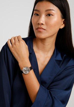 Smartwatch - black