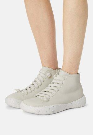 PEU STADIUM - High-top trainers - white/natural