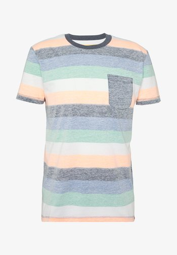 TEE WITH INSIDE PRINTED STRIPE