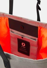 Ecoalf - SOFT BAG - Tote bag - dark sand - 2