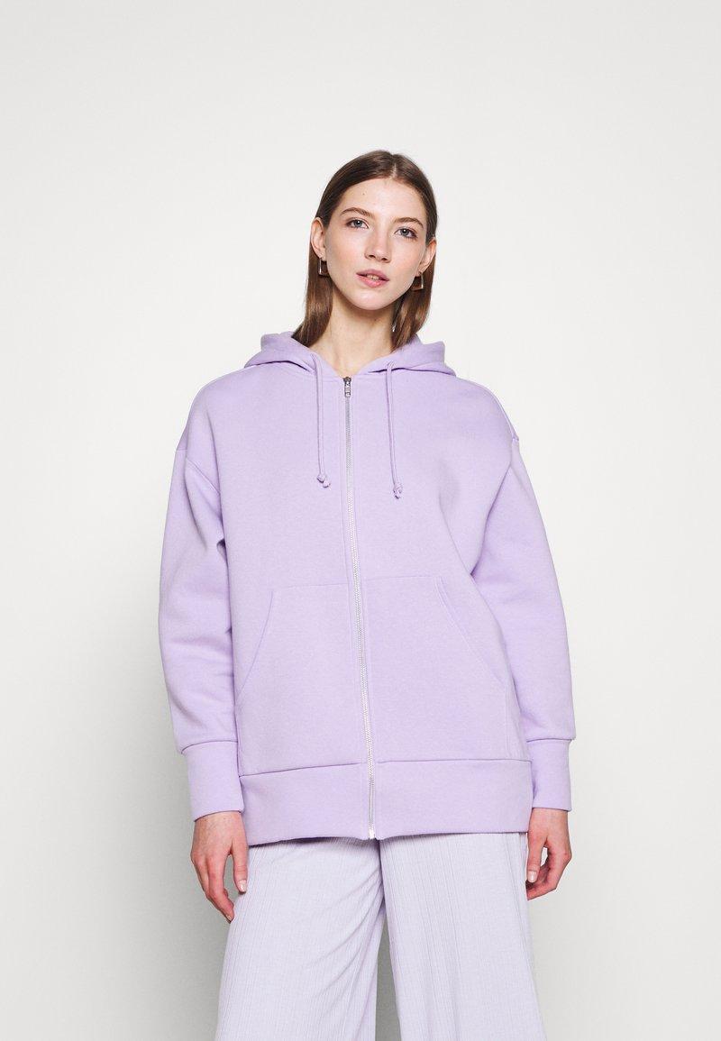 Monki - JOA HOODIE - Zip-up sweatshirt - lilac purple light