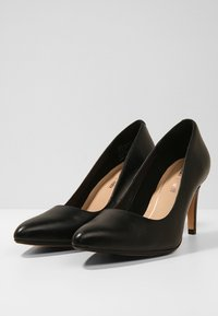 Clarks - LAINA RAE - Klassiske pumps - black - 4