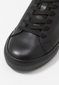 GARMENT PROJECT - TYPE - Trainers - black - 2