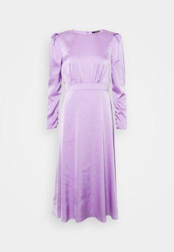 IVY DRESS - Cocktailkjole - lilac