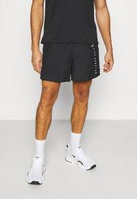 Nike Performance - Sportovní kraťasy - black/silver - 0