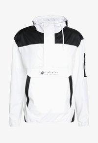 Columbia - CHALLENGER™  - Windbreaker - white/black - 5