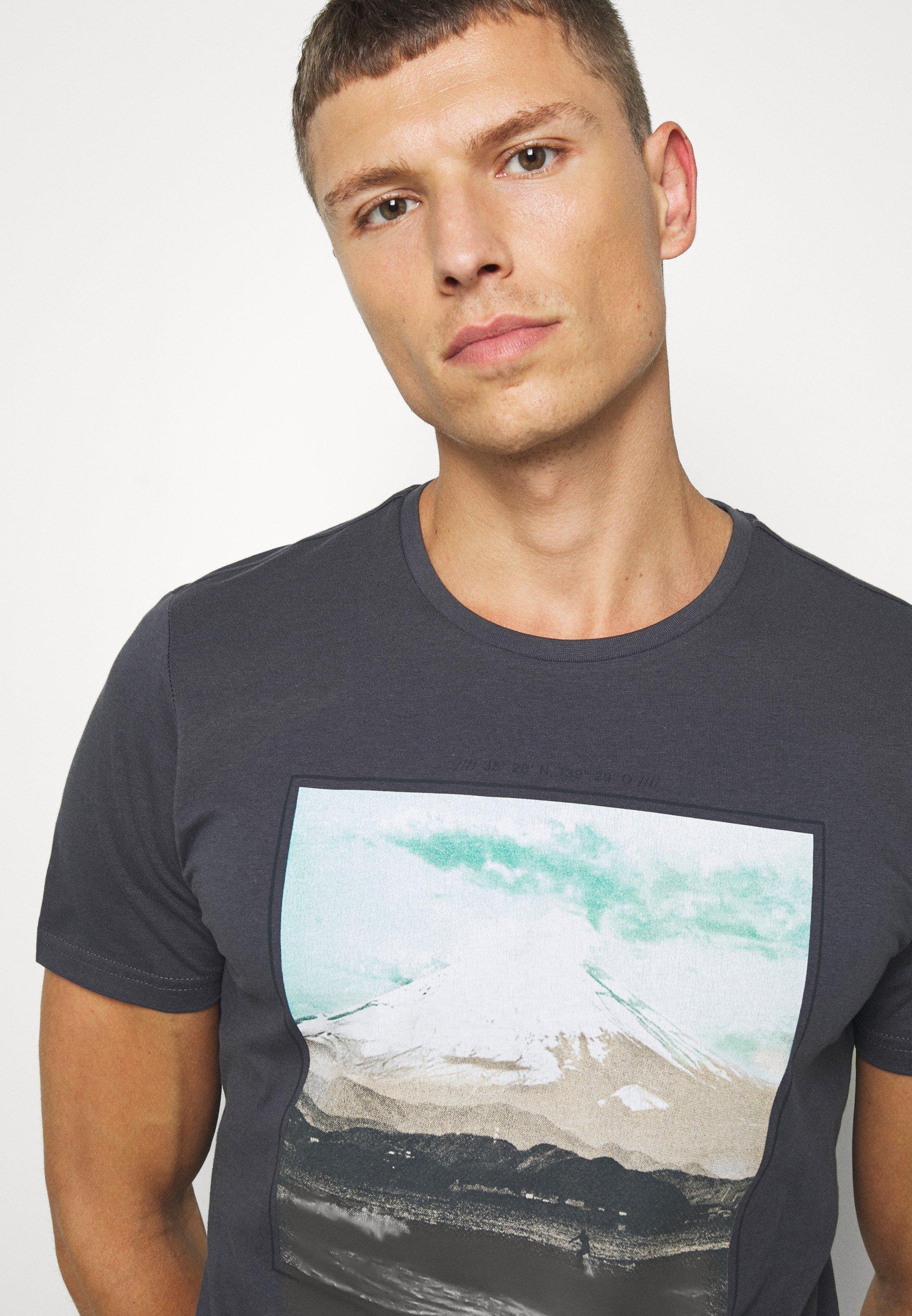 s.Oliver Print T-shirt - ebony 9u0d5