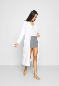 Triumph - THERMAL - Pyjama top - skin/light combination - 1