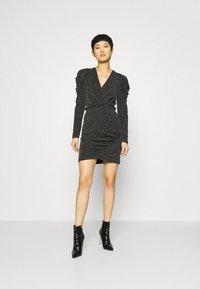 Second Female - CRAWFORD DRESS - Koktejlové šaty/ šaty na párty - black - 1