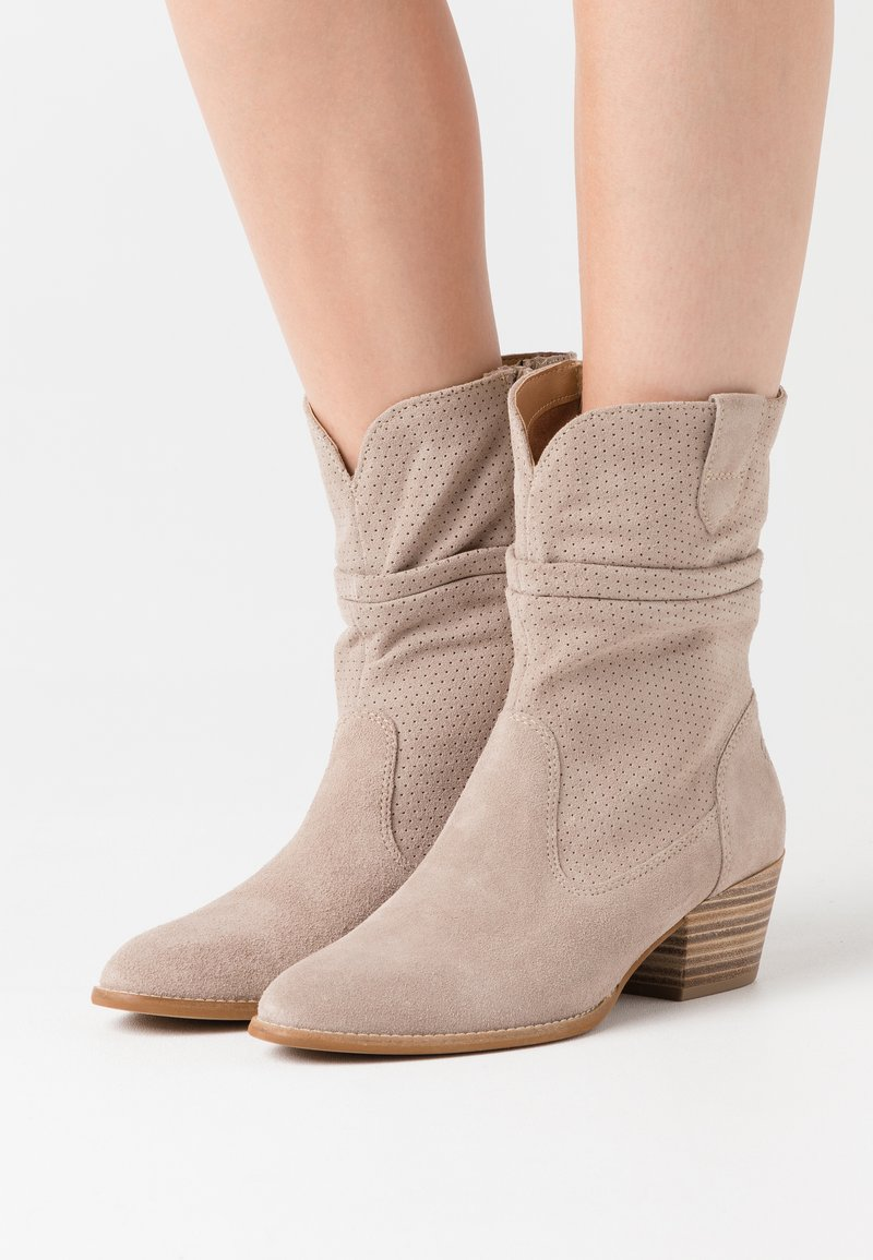 Tamaris - BOOTS - Cowboy/biker ankle boot - taupe
