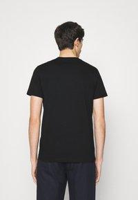 PS Paul Smith - SLIM FIT TSHIRT SKULL - Print T-shirt - black - 2