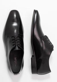 Zign - Zapatos con cordones - black - 1
