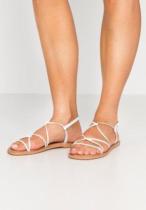 FINE - Sandalias - white