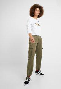 Alpha Industries - NASA - Sweater - white/gold - 1