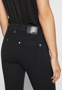 DRYKORN - PULL - Skinny džíny - schwarz - 3