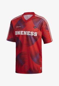 adidas Originals - T-shirts print - red - 7