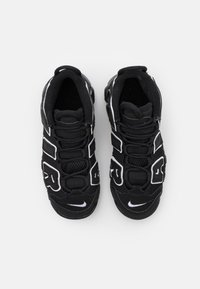 Nike Sportswear - AIR MORE UPTEMPO - Trainers - black/white - 3